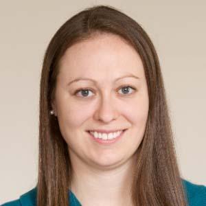 Dr. Lisa Becht
