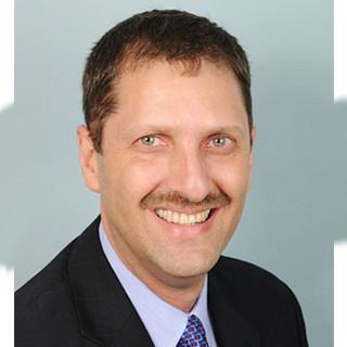 Dr. Fernando Akerman
