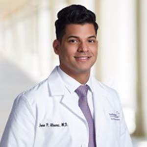 Dr. Juan Alvarez