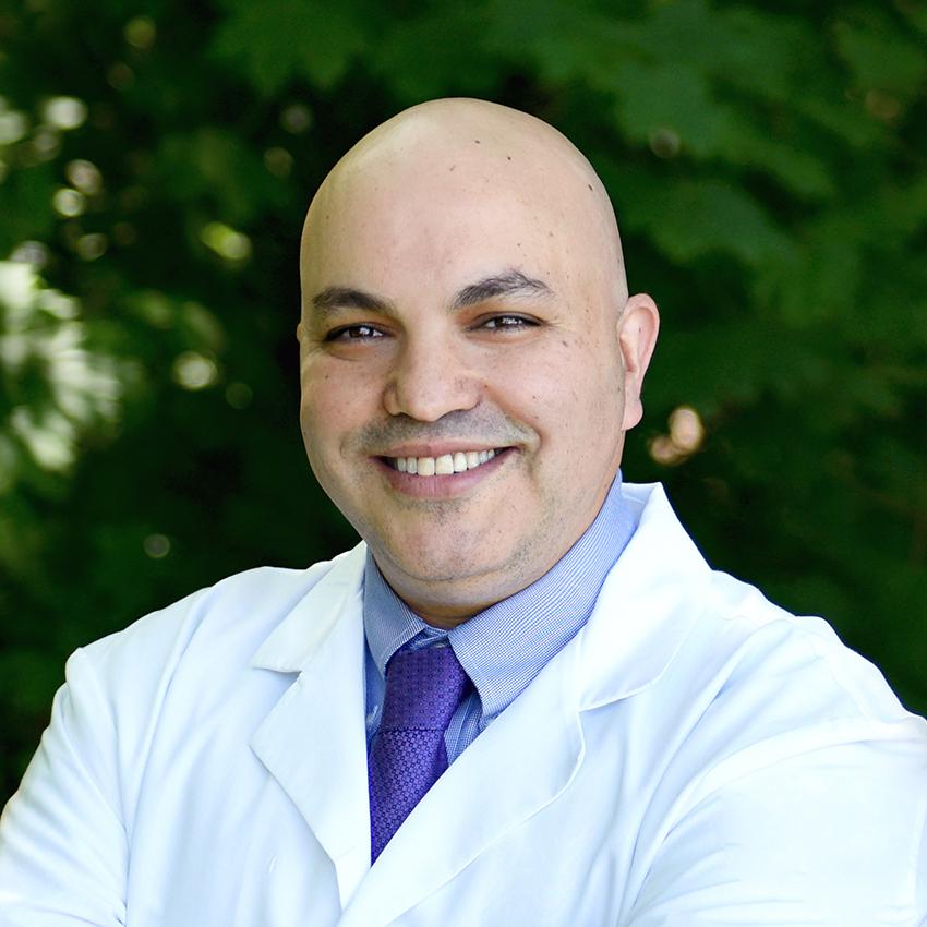 Dr. Tomer Singer