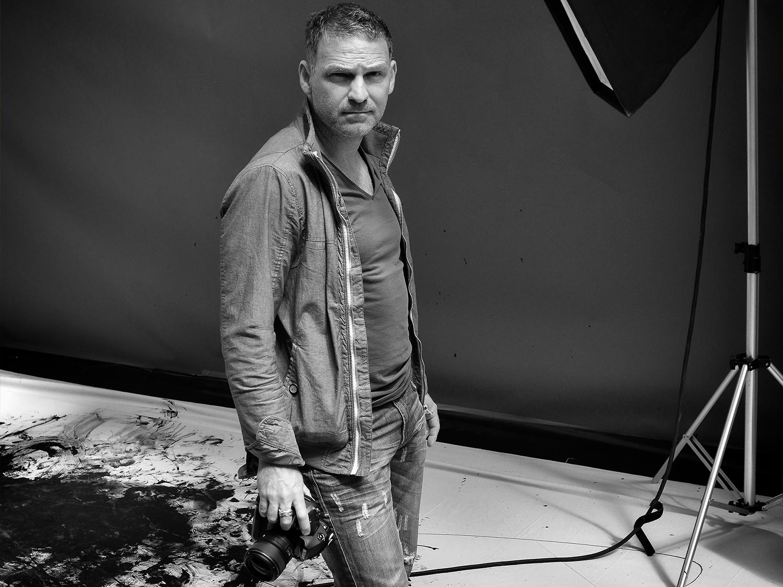 Romel Janeski, photographe avec appareil photo