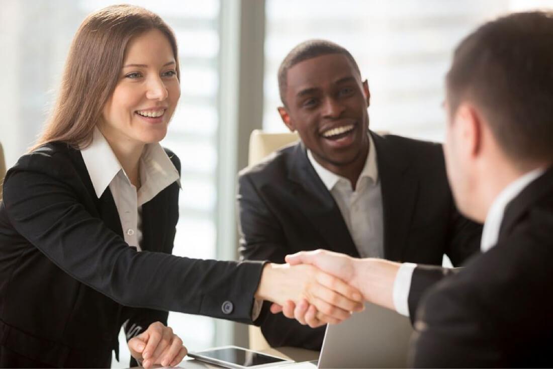 servicios administrados es un contrato escrito entre un proveedor y su cliente