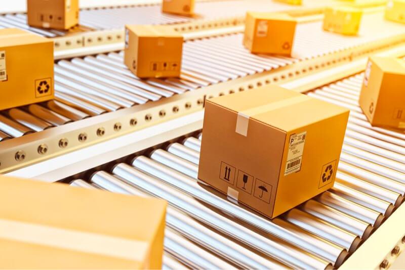 Cajas de cadena de suministro listas para enviar