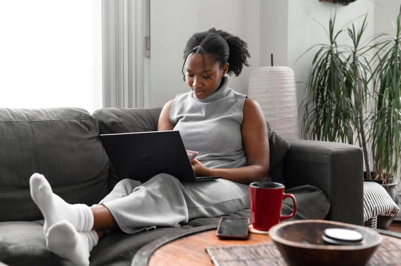 Average Pay for Kenyans Working Online Revealed, Minimum Tax Scrapped - Money Weekly