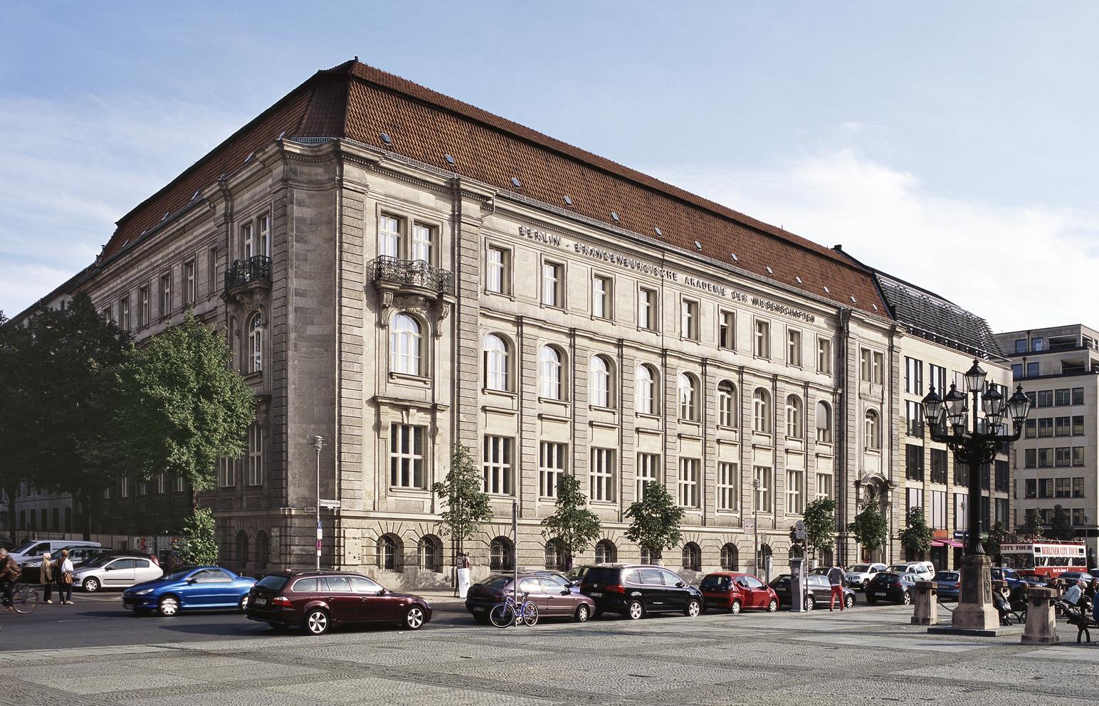 Ansicht der Außenfassade des gebäudes der Einstein Stiftung Berlin