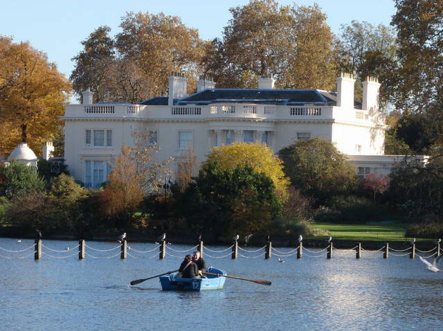 People rowing a boat on the canal at Regent's Park.