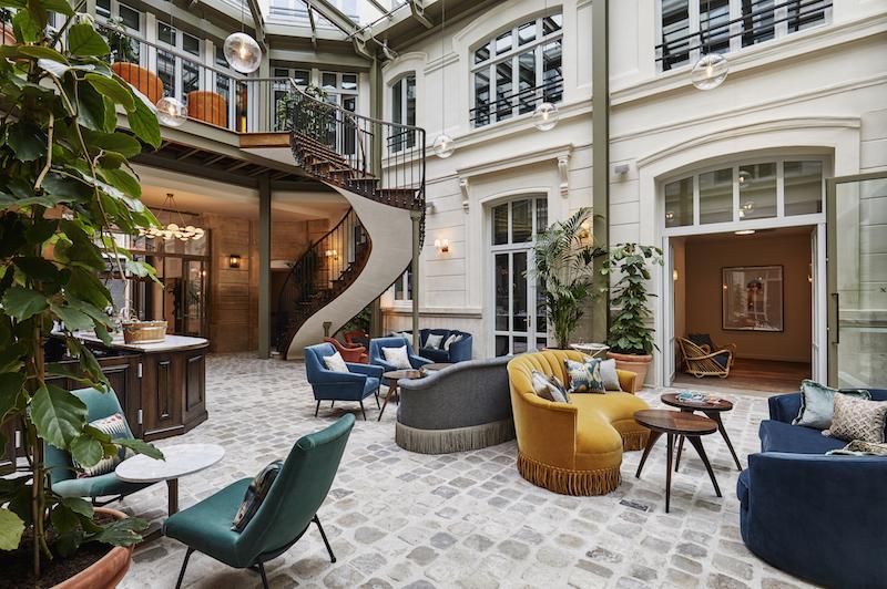 the-hoxton-paris-lobby-1507146723