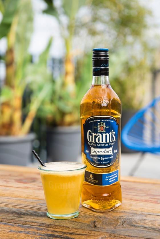 Cocktail-Grants-le-Signature-sour-chili-mango-bouteille-70-cl