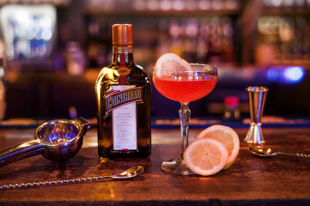 09062017-cointreau-royal-cosmo-bouteille-2