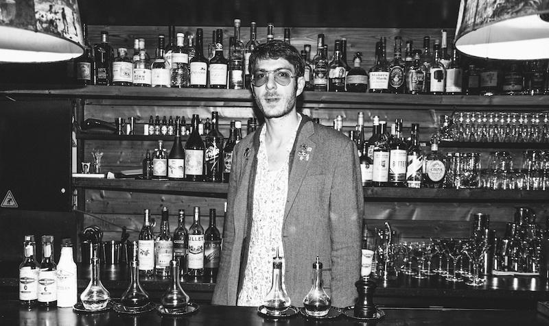 Portrait de barman avec Thomas Codsi du Castor Club