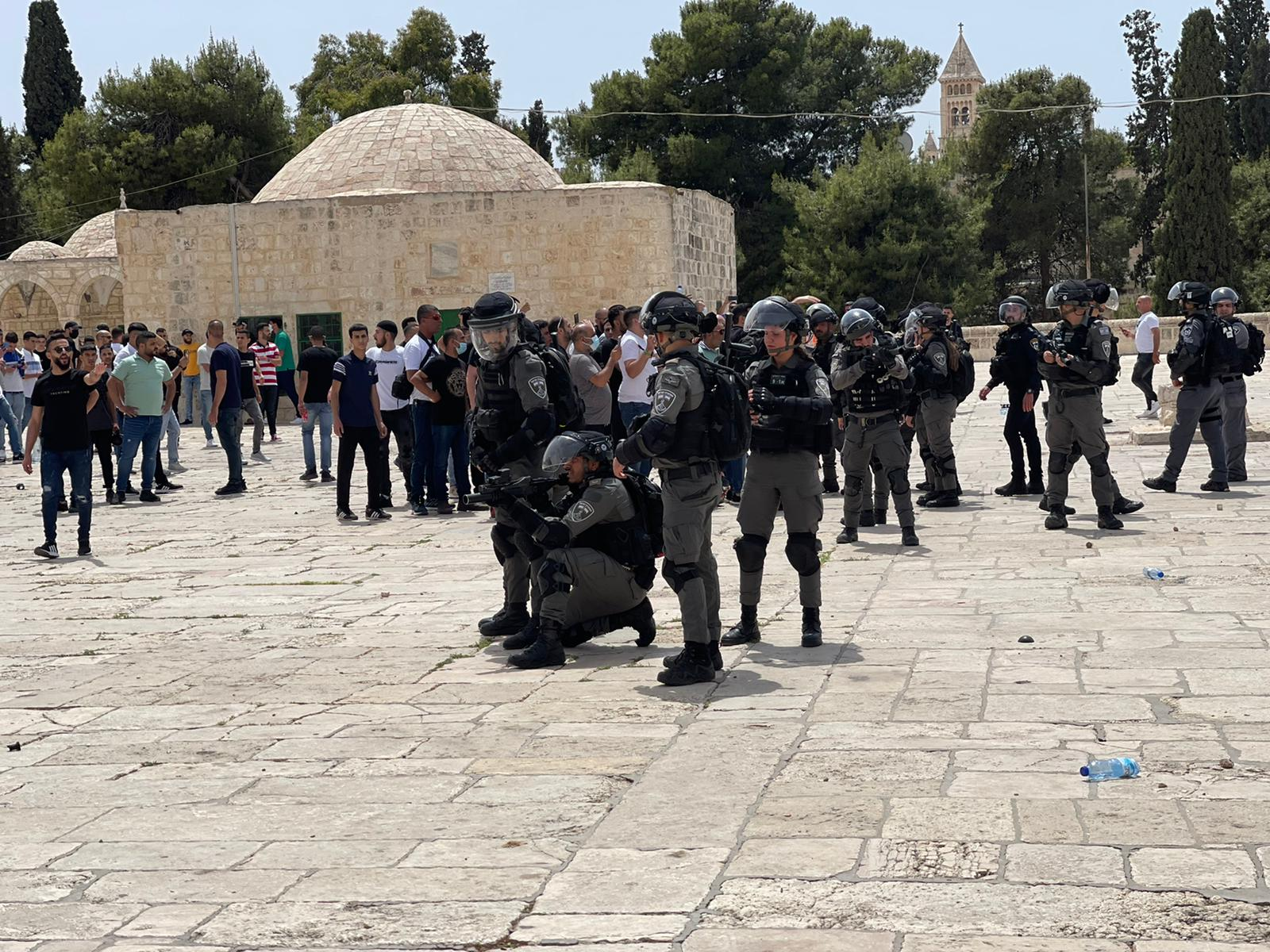 Israeli troops continue to oppress Palestinians