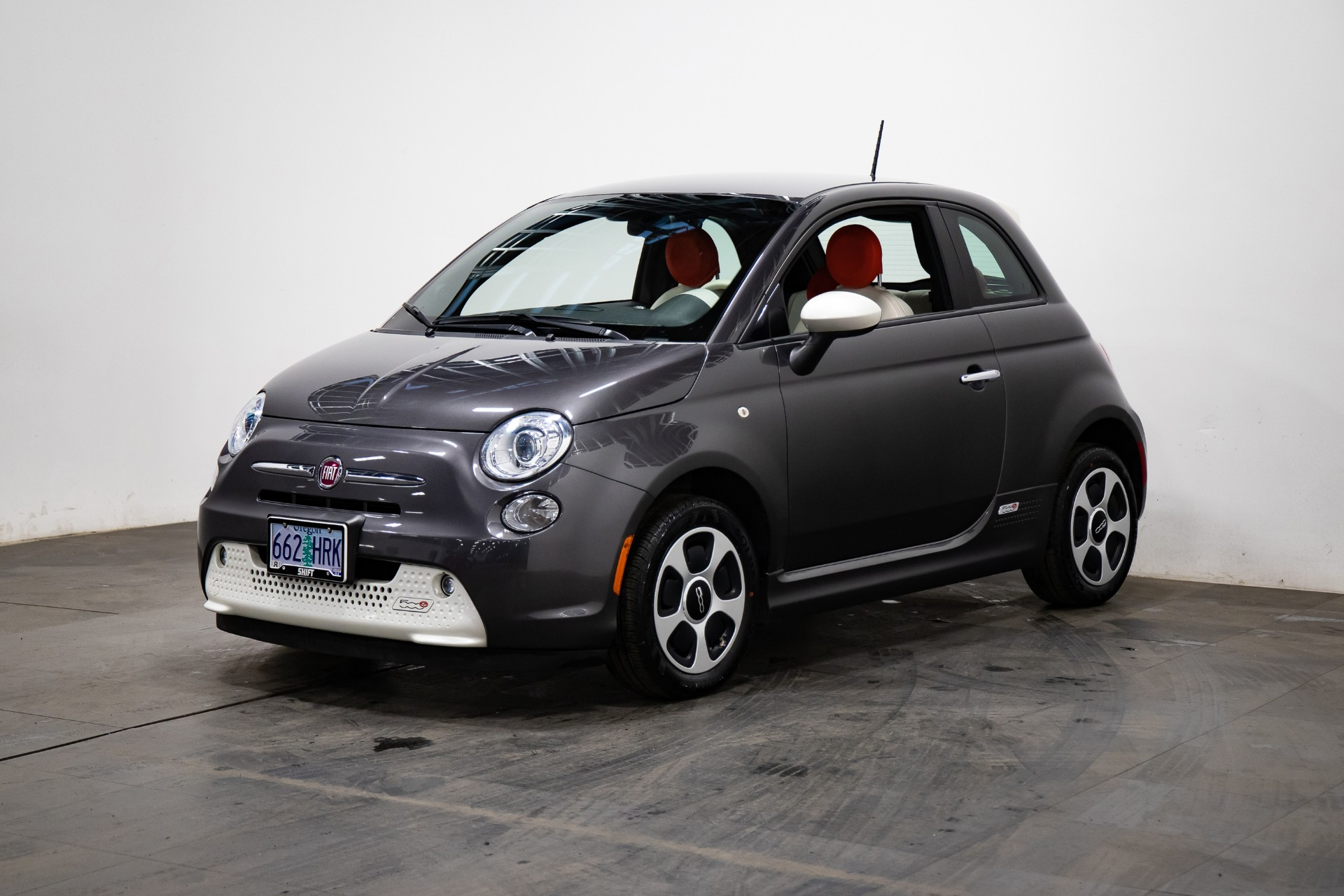 2015 Fiat 500e (from $8,500)