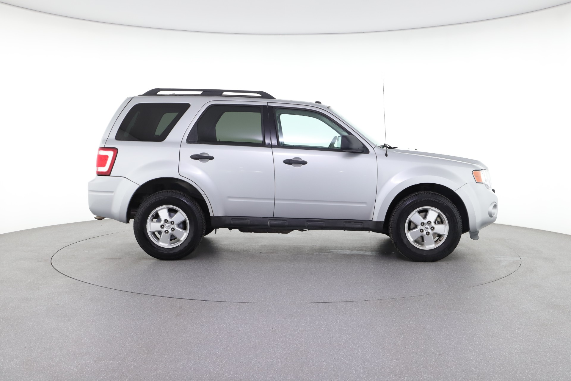 Best Used SUVs Under $15,000: The Cheapest And Most Reliable SUVs