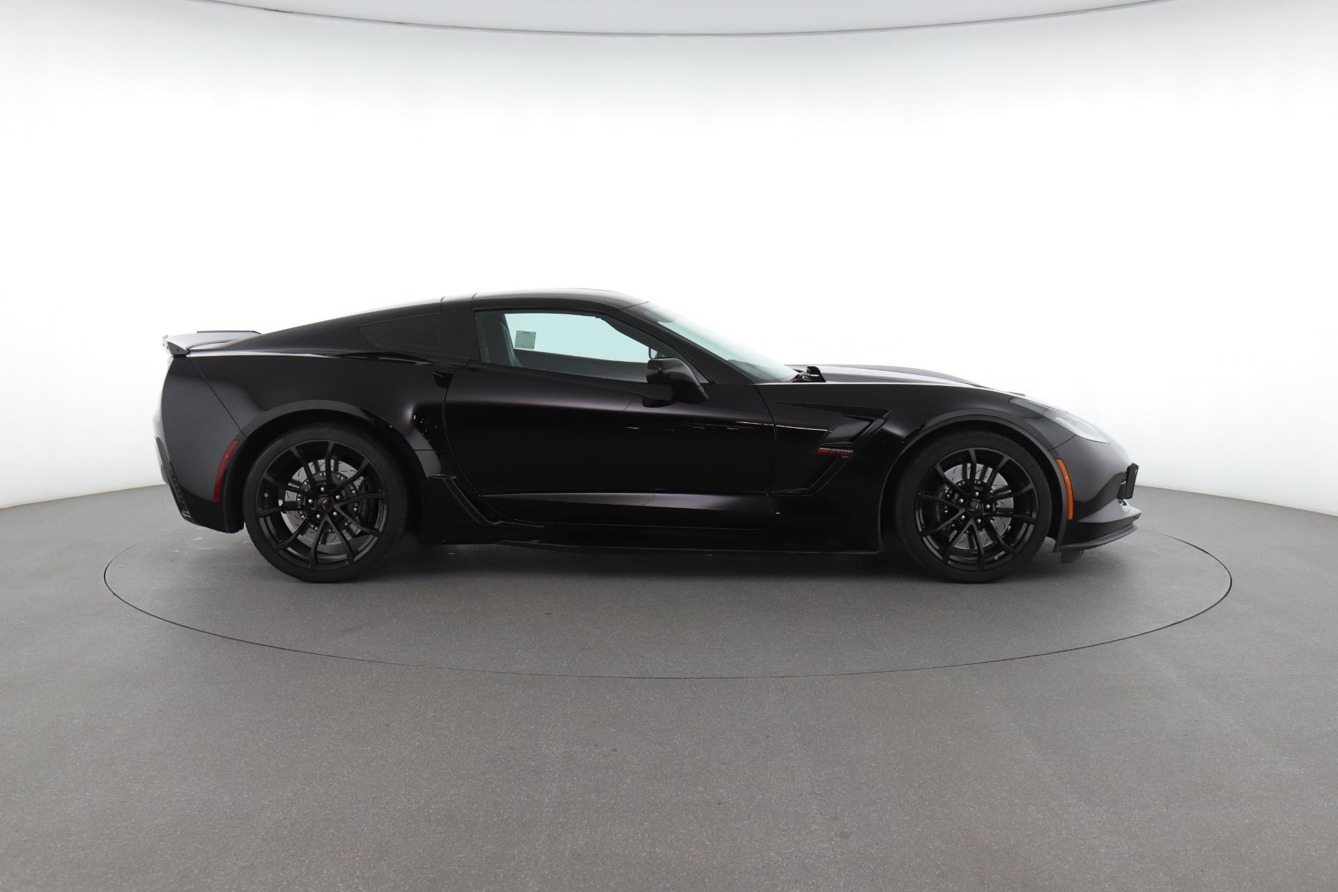 2017 Chevrolet Corvette Grand Sport 1LT (from $64,300)