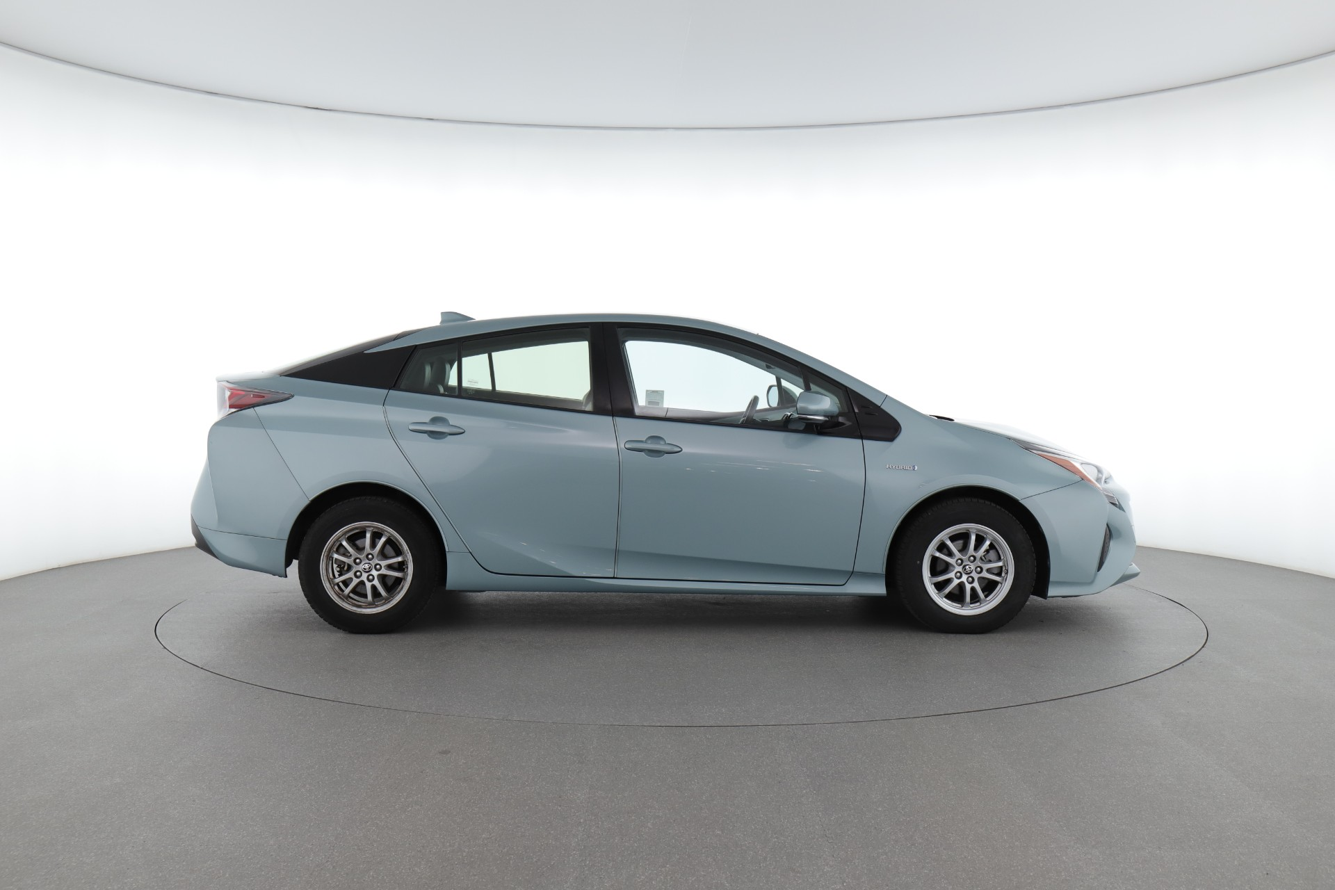 Toyota Prius Reviews: Price, Models and More