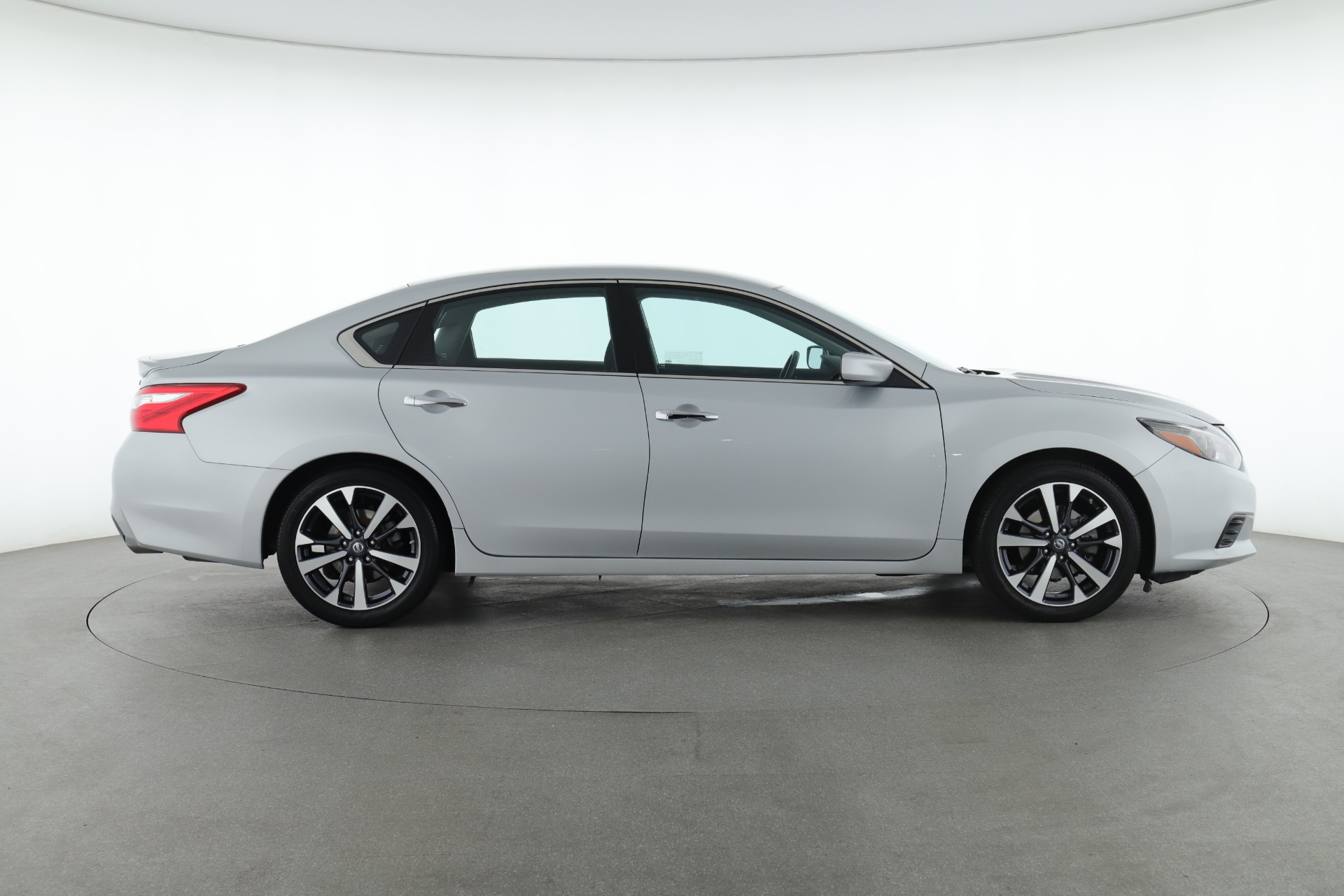 2016 Nissan Altima 2.5 SR (from $16,950)
