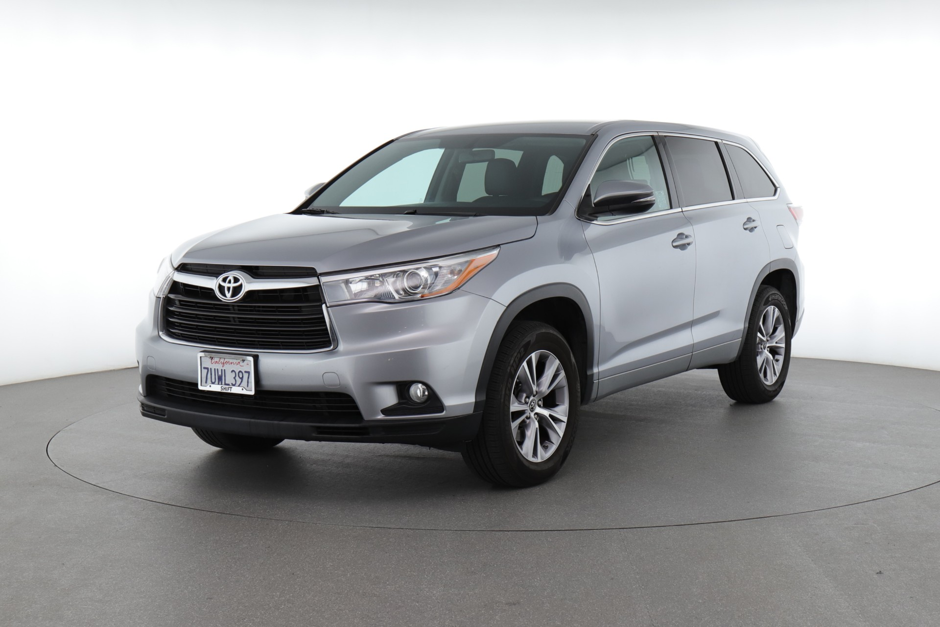 Best Large Family SUVs: A Smart Investment On Your Family's Happiness