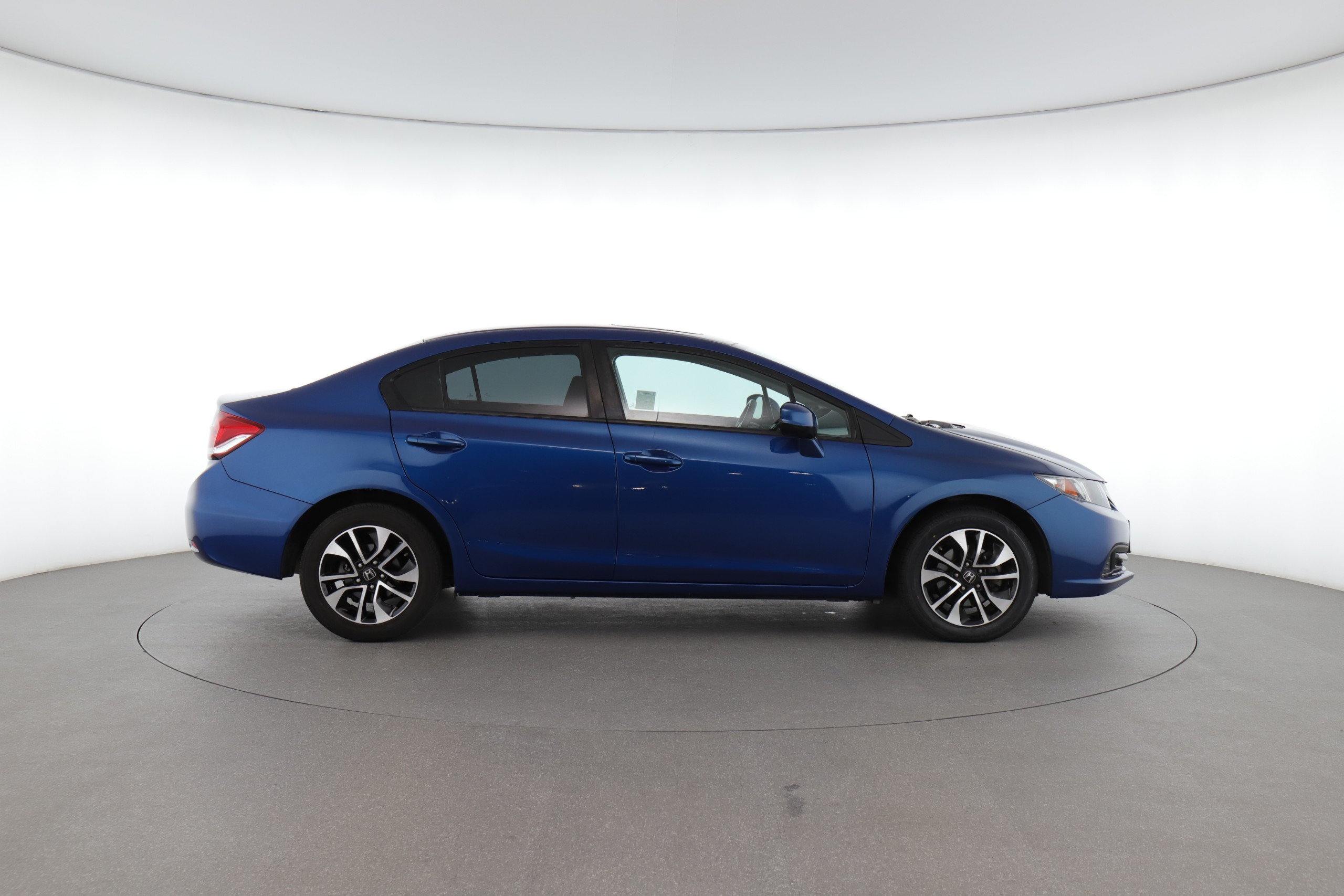Honda Civic vs Accord: Comparing Two All-Star Sedans