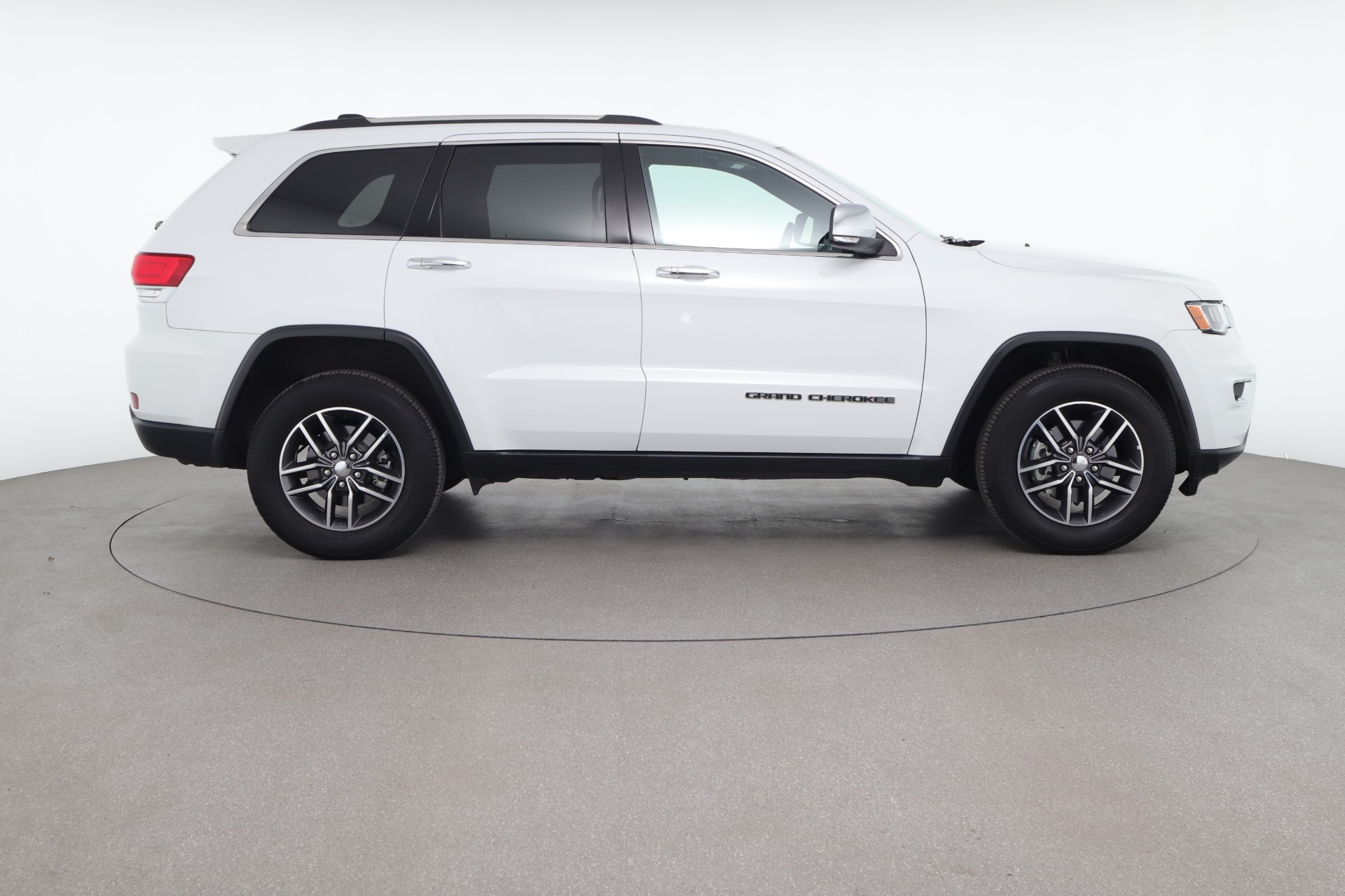 Jeep Cherokee vs Grand Cherokee: Which Model Is Right For You?