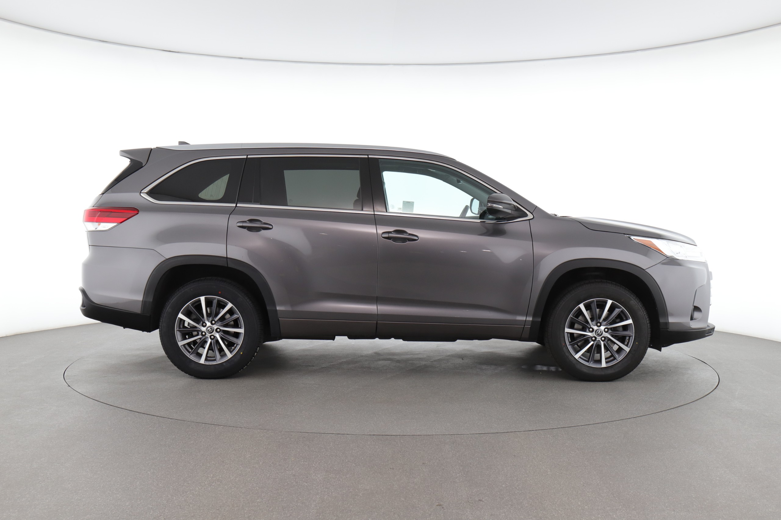 2018 Toyota Highlander XLE (from $34,400)