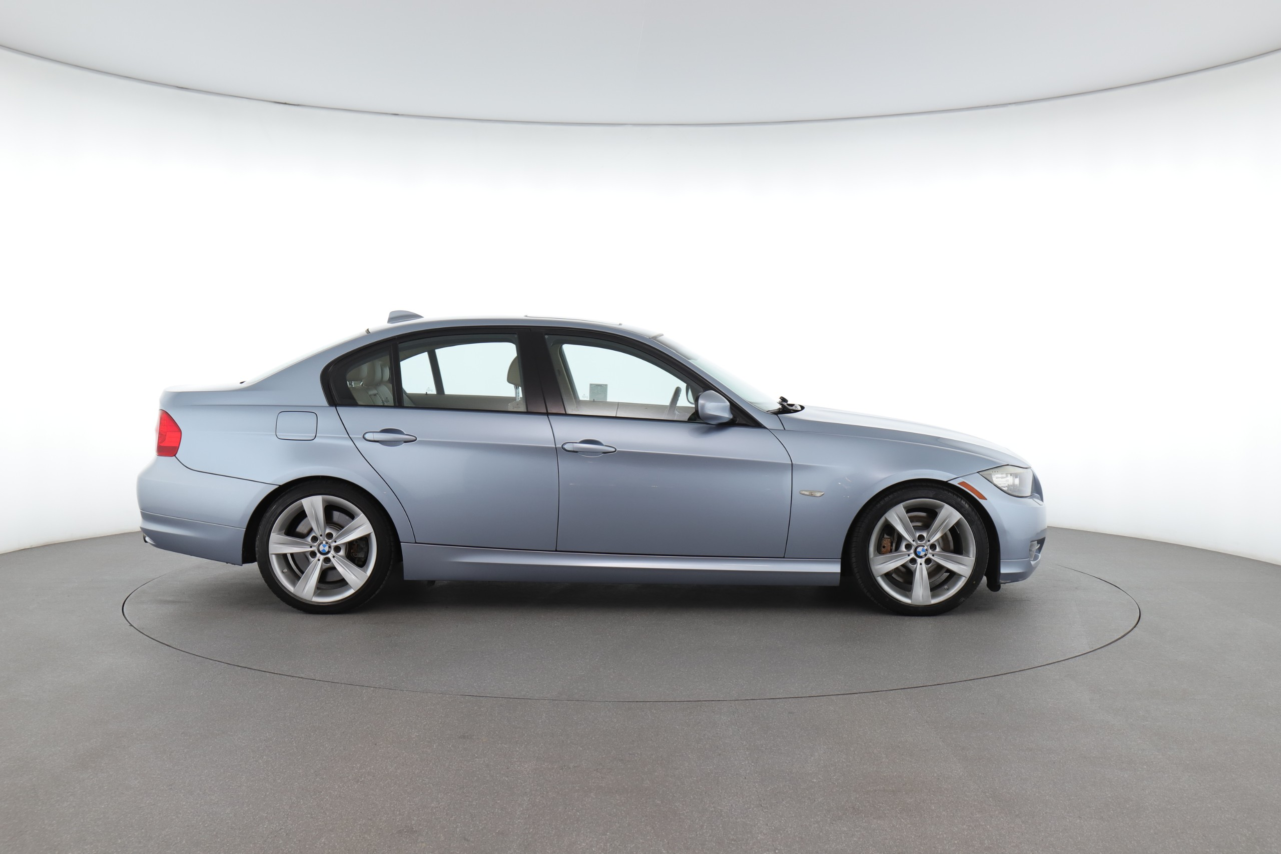 All About BMW 3 Series: Why Should You Get this Car