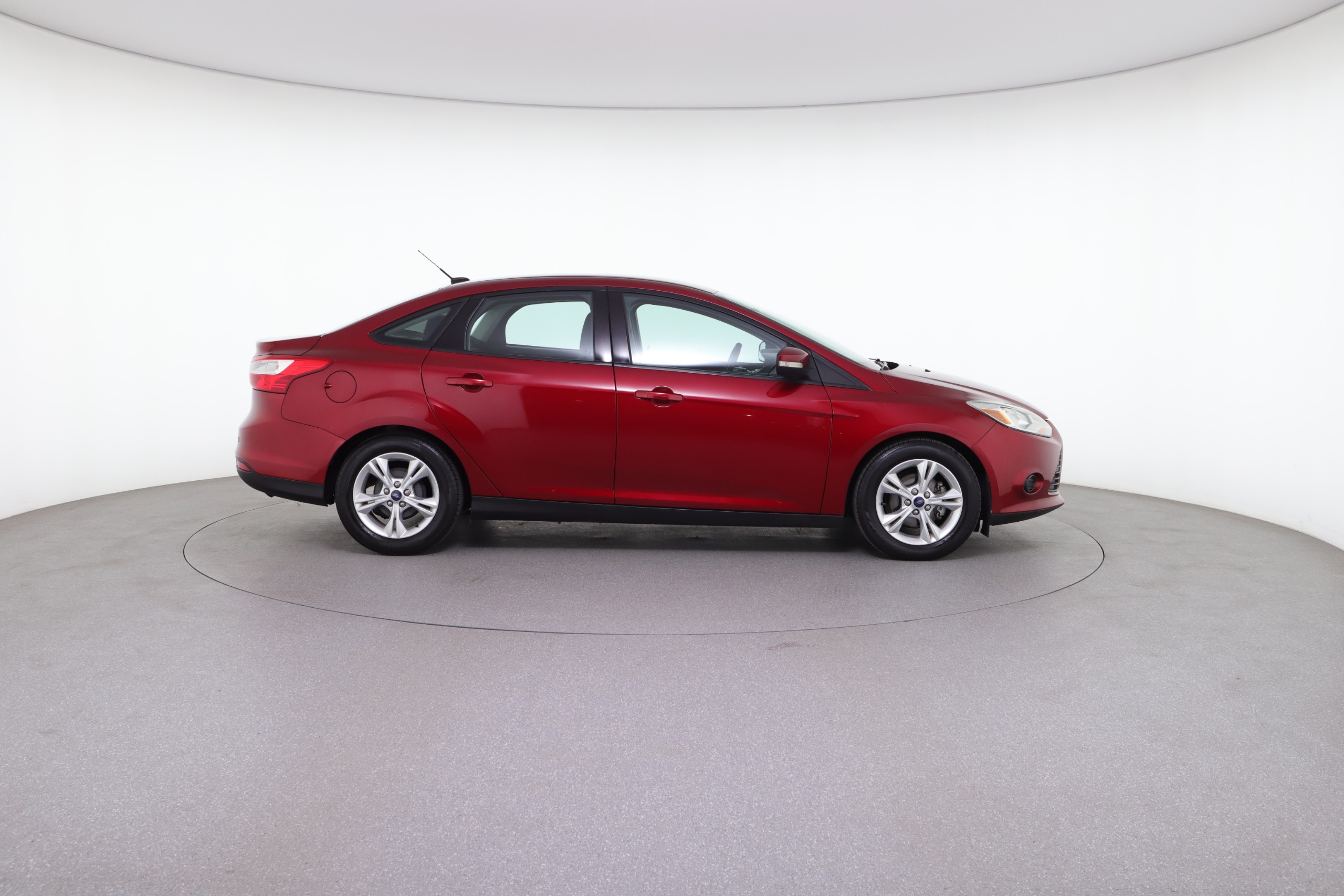 2014 Ford Focus SE (from $10,450)