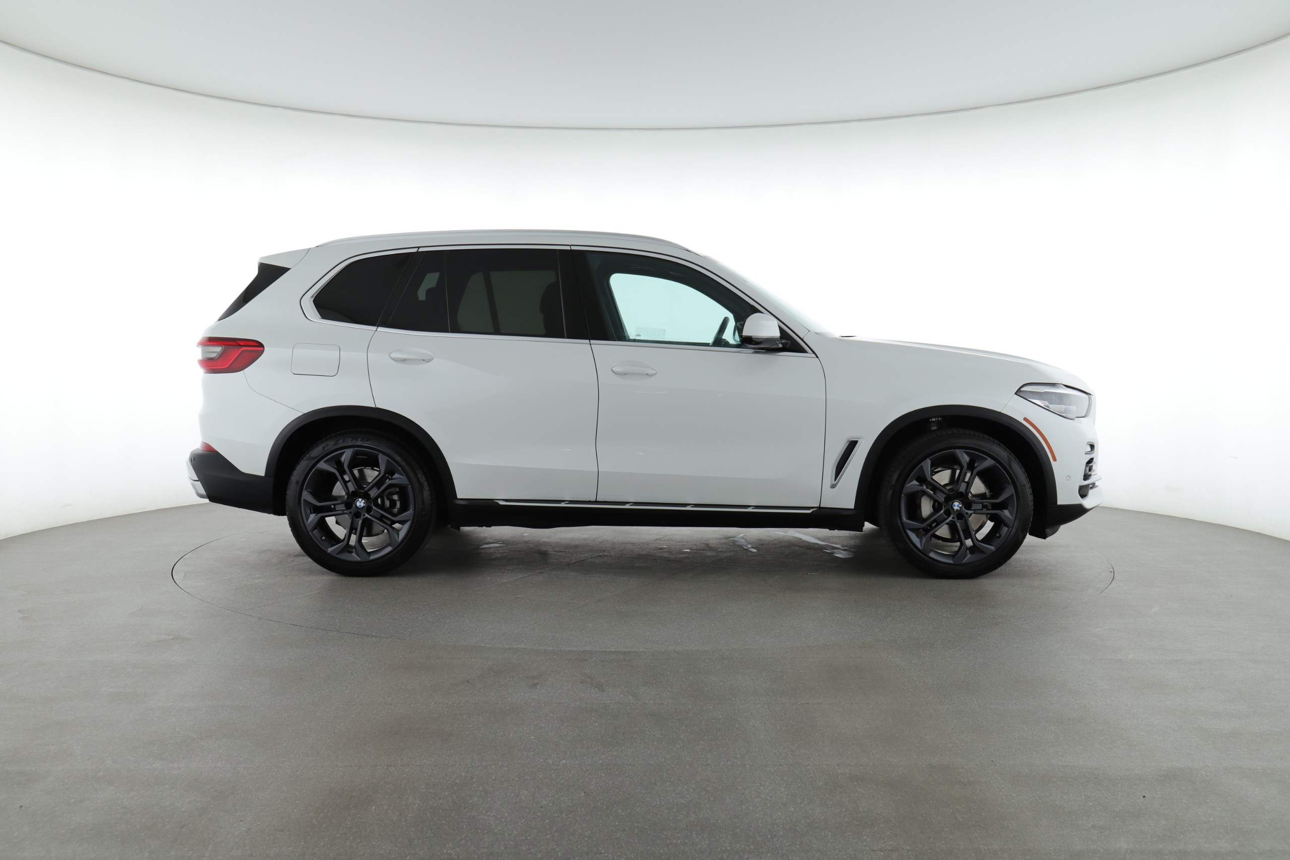2019 BMW X5 xDrive40i (from $52,500)