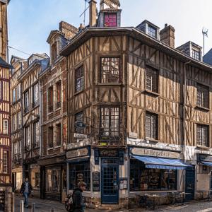 Photographie d'une rue de Rouen