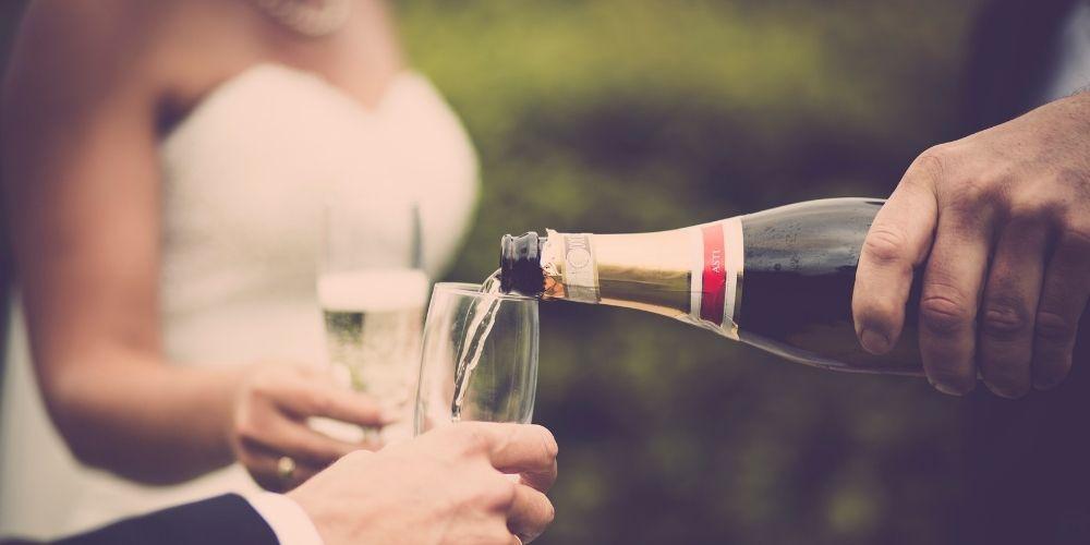 Photos du service de boissons, inclus dans le prix du wedding planner