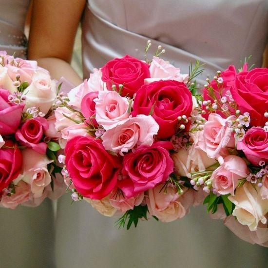 Photo des bouquets des demoiselles d'honneur