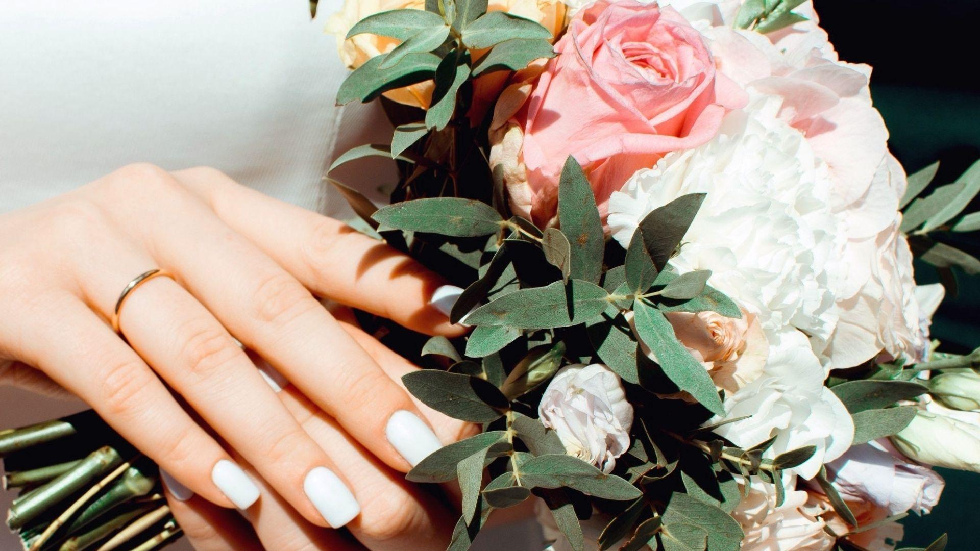 Photo de la main de la mariée à Troyes