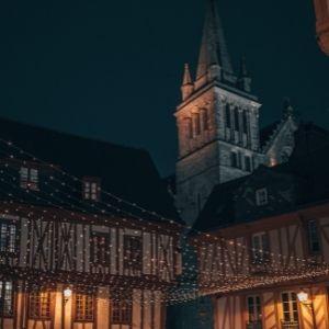 Photographie de Vannes la nuit
