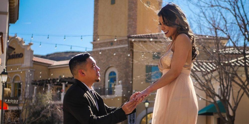 Le week-end en amoureux est parfait comme idée de demande de fiançailles