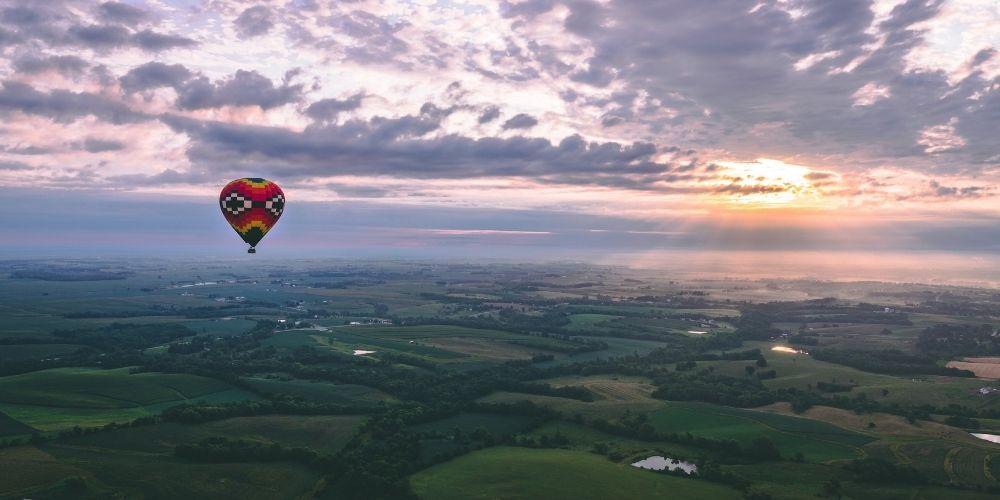 Comme idée de demande de mariage, le vol en montgolfière