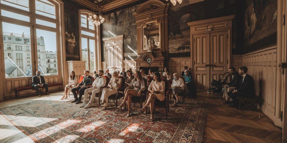 Photo d'une cérémonie de mariage rapide en mairie