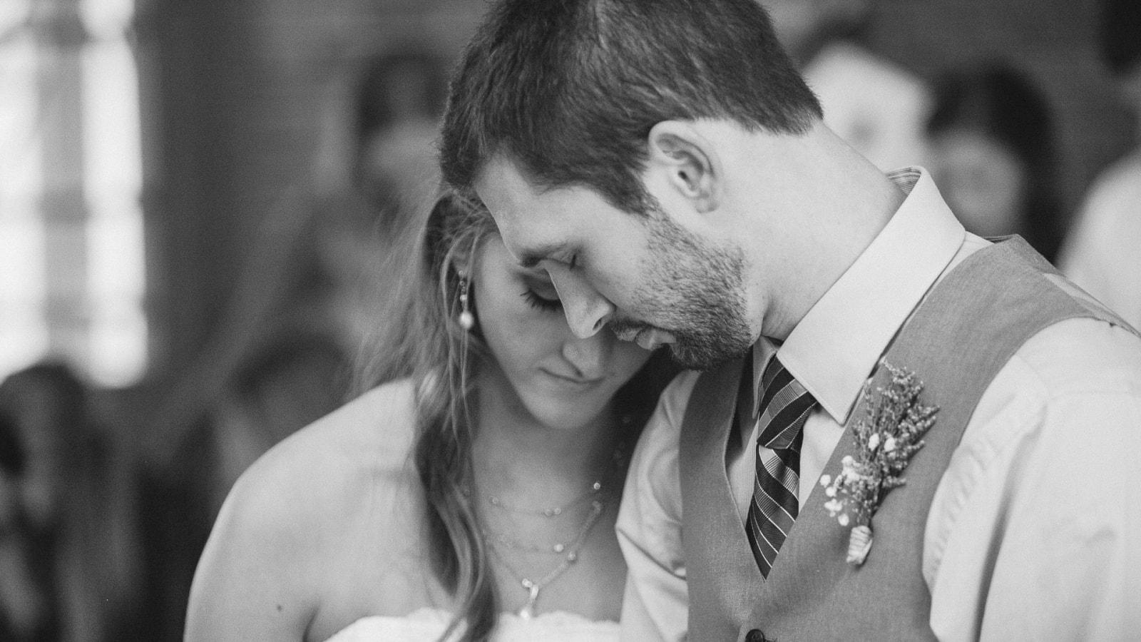 Photo des mariés ensemble à Longwy