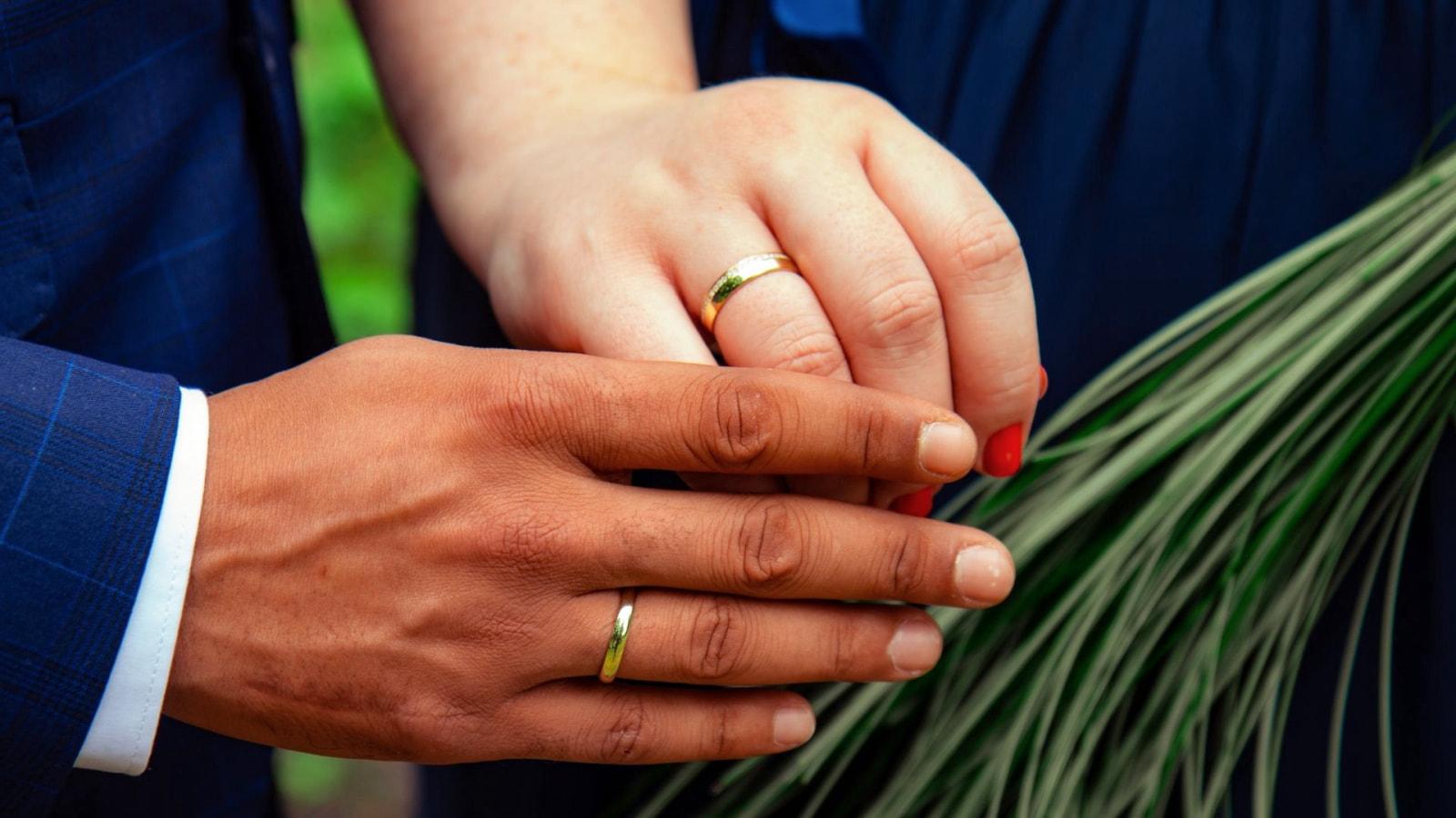 Photo des mariés ensemble à Lons-le-Saunier