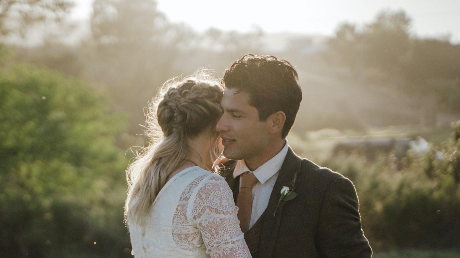 Une photo des mariés se trouvant à Morlaix