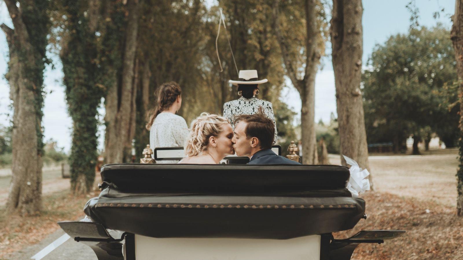 Une photo des mariés à Rueil-Malmaison