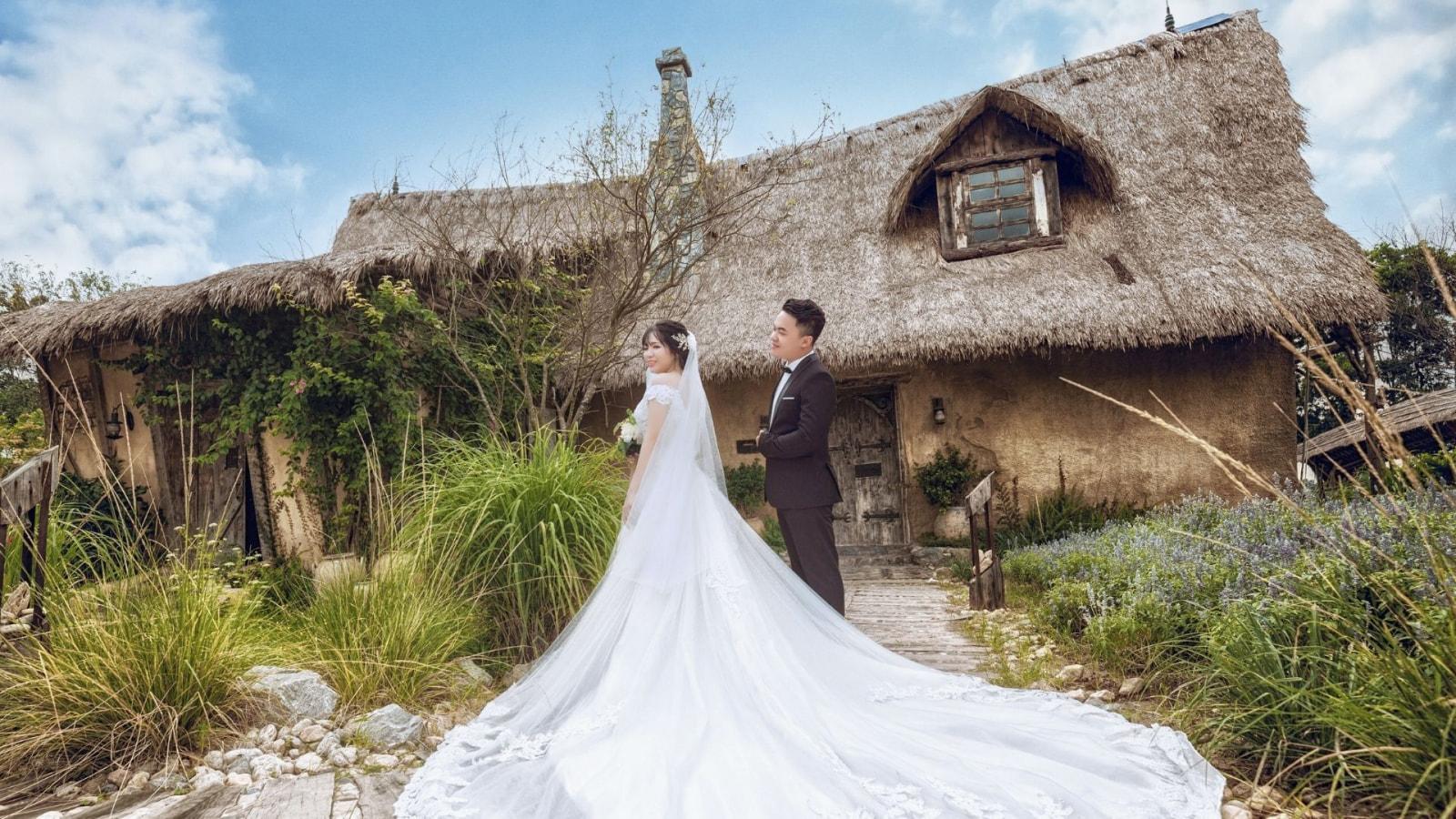 Une photo des mariés à Saint-Denis