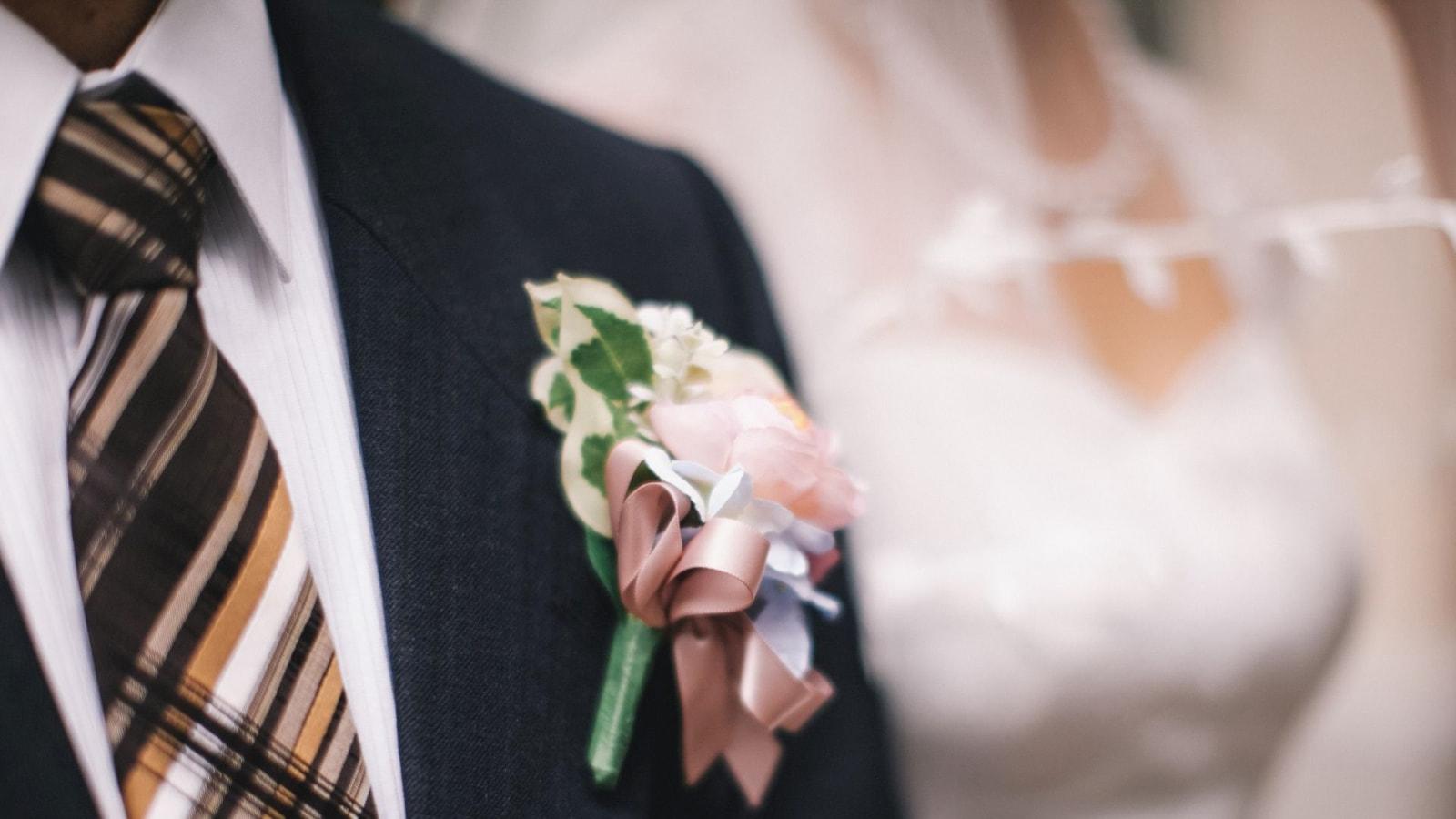 Une photo des mariés ensemble à Sallanches