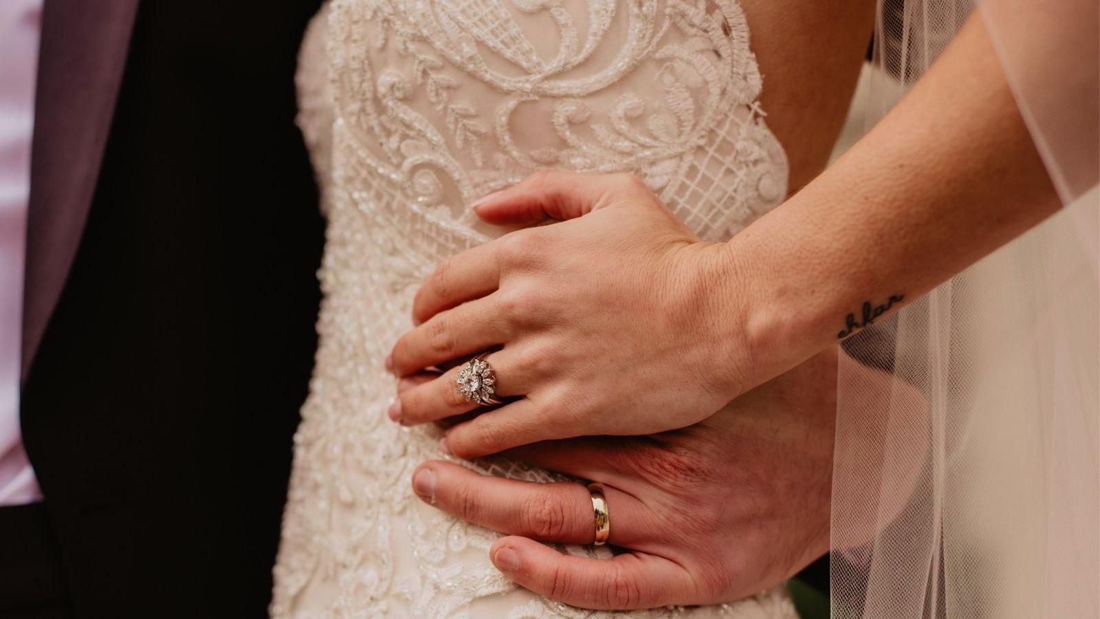 Vue des mariés ensemble en Loire-Atlantique