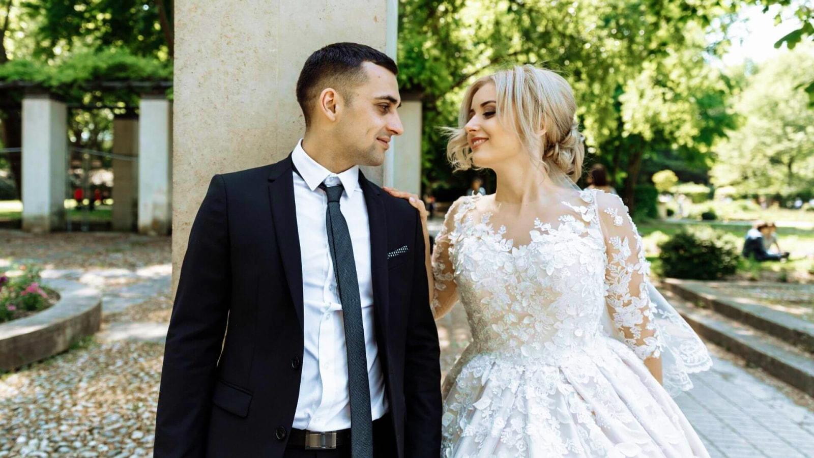 Un couple de mariés en Lozère