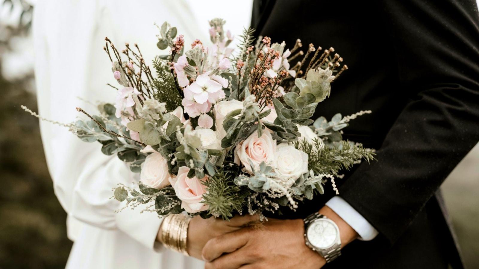 Le marié et la mariée dans le Rhône