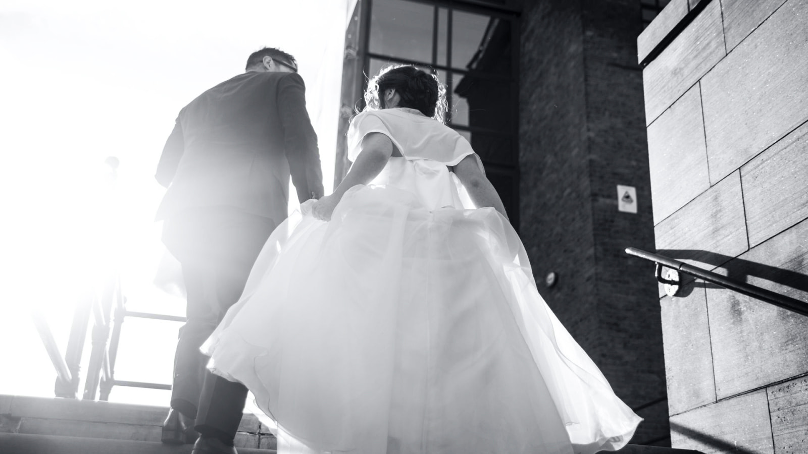 Une photo des deux mariés en Bourgogne-Franche-Comté