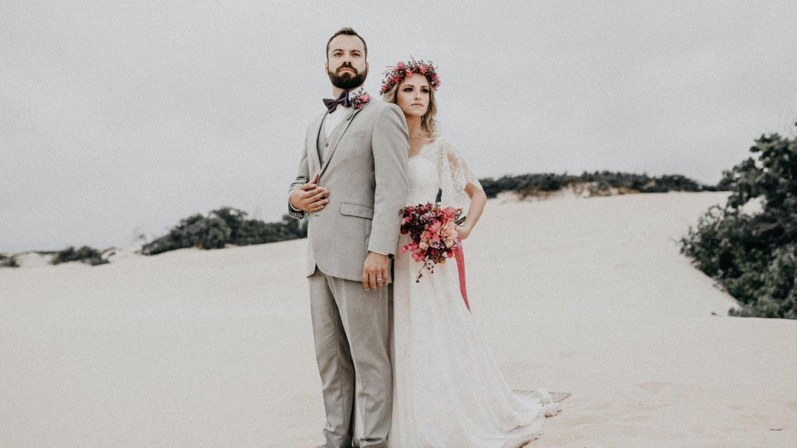 Une photo des mariés se trouvant à Nérac