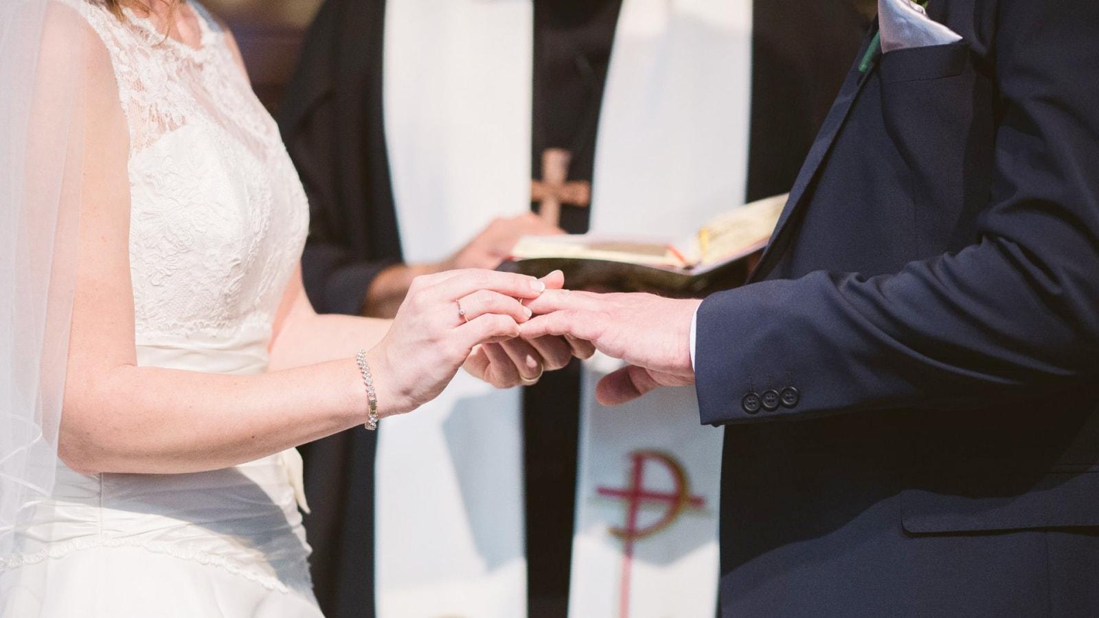 Les deux mariés à Saint-Cyr-sur-Mer