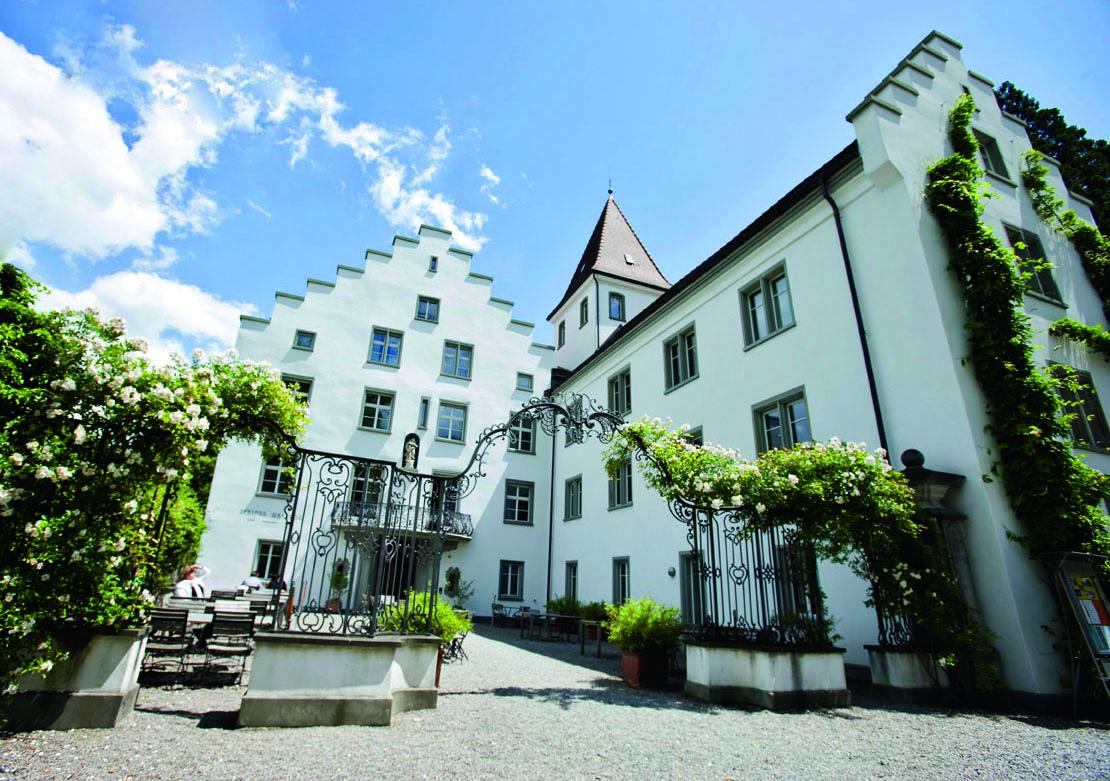 Als Danke für dein nachhaltiges Einkaufen und deinen bewussten Lebensstil verlost BRACK.CH gesponsert von Weleda ein Wellness-Wochende für zwei Personen im Bio Hotel Schloss Wartegg am Bodensee.