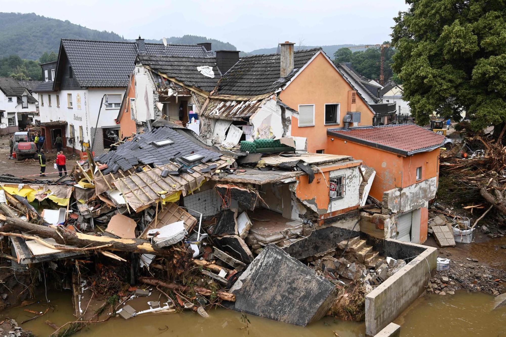… Katastrophen mit Toten wie hier in Deutschland im Juli 2021 werden unsere Breitengrade öfter heimsuchen. AFP