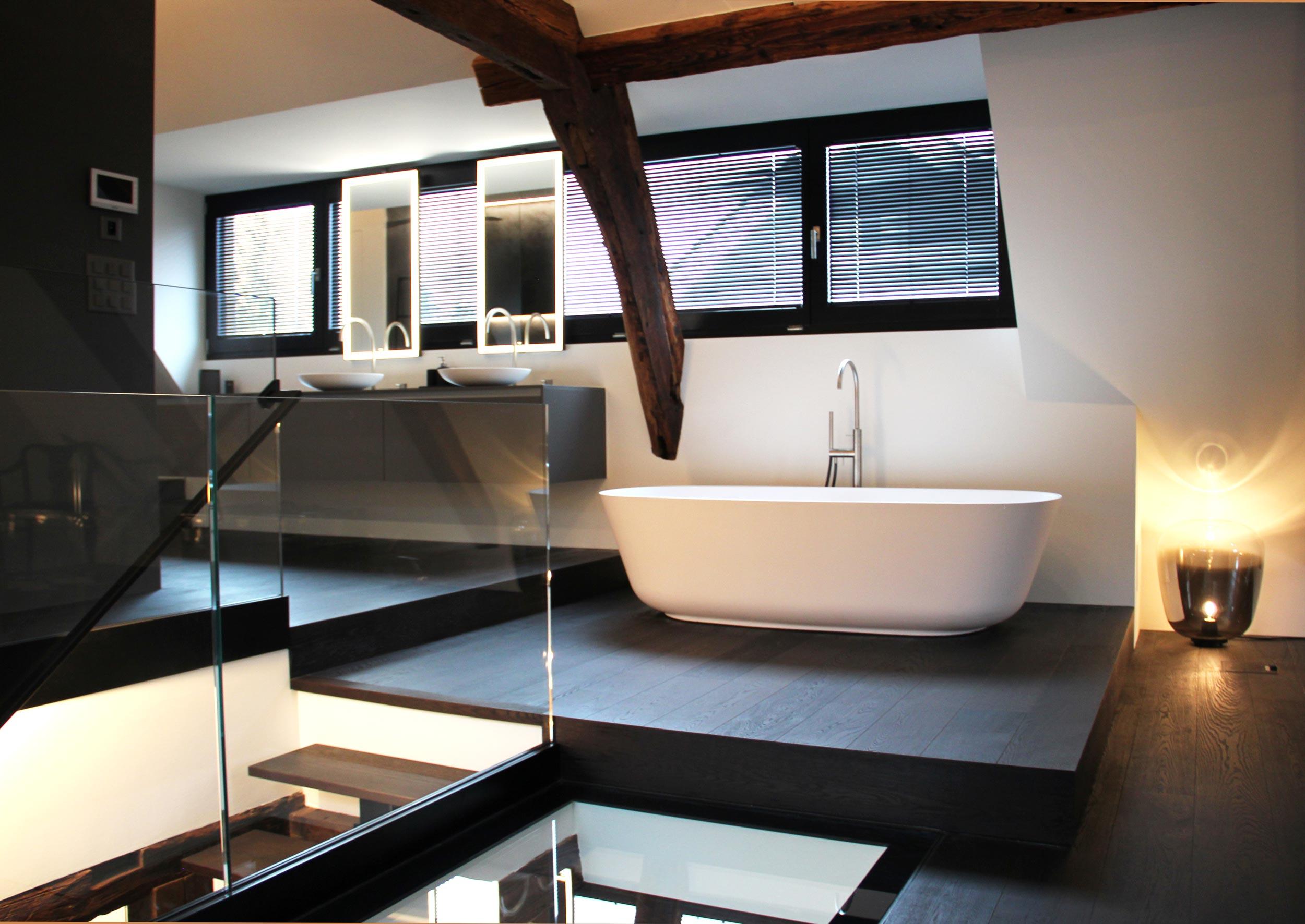 Im Innenbereich sorgen moderne Elemente und solche aus früheren Zeiten für ein besonderes Flair.
